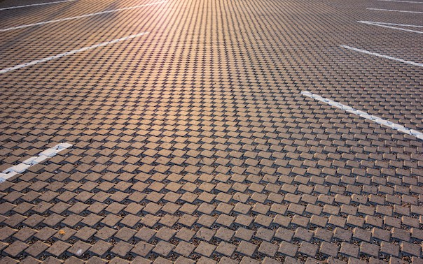 modern-cobblestone-parking-lot-2